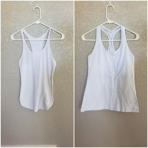 Lululemon bundle of 2 tank tops